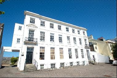 6, St Mary's Court, Queen's Road, St Peter Port, Guernsey, GY1 1PT