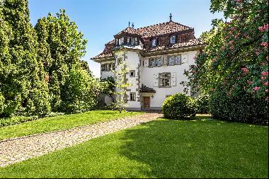 Magnificent 16th century chateau  for sale in Ependes