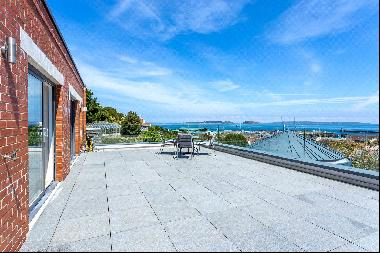 Apartment 32, ONE St Julian's Avenue, St Peter Port, GY1 1ZQ