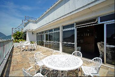 Penthouse with panoramic views of Guanabara Bay