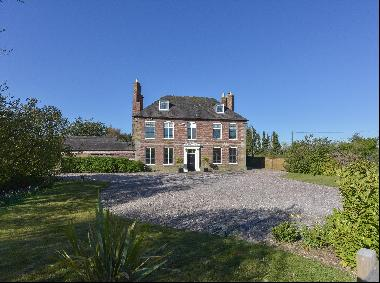 Over the last 300 years, Pipe Hill House has been owned by only eight families. It is set