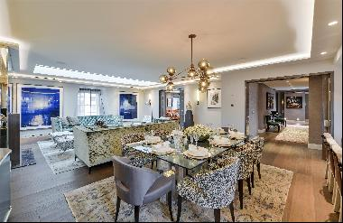 An immaculate lateral apartment with lift and porter for sale in Knightsbridge SW1X