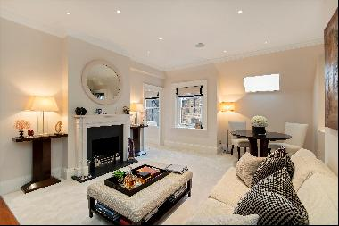 A beautifully designed one bedroom flat in the heart of Mayfair