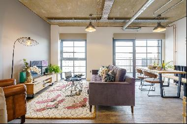New York loft-style one bedroom apartment to rent
