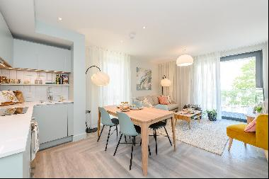 Bright and spacious two bedroom apartment to rent in Wembley Park