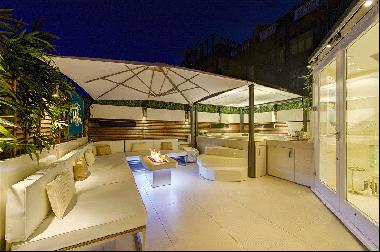 A stunning house with roof terrace and Jacuzzi for sale in South Kensington
