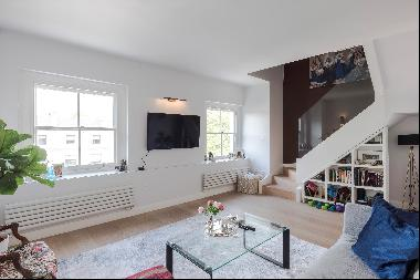 Two / three bedroom penthouse apartment for sale in W2