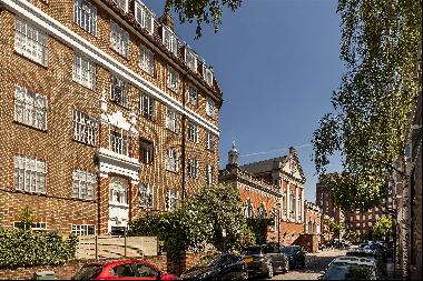 A one bedroom flat for sale in SW3