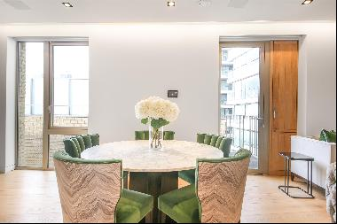 Modern, bright dual aspect two bedroom apartment to in One Tower Bridge, SE1