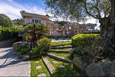 Magnificent and stately house in Santa Susanna