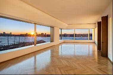 RARELY AVAILABLE HIGH FLOOR A-LINE 4 BEDROOM, 4.5 BATHROOM WITH SWEEPING VIEWS OF THE MOST