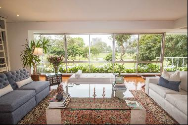 Fine and elegant apartment furnished and equipped, with a beautiful view of the