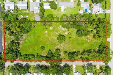 157687 square feet Land in Palm City, Florida
