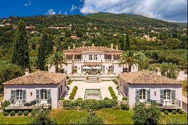 A sensational Provencal estate for sale on the French Riviera with olive groves and genero