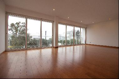 Duplex Penthouse In San Isidro Wide and Very Illuminated