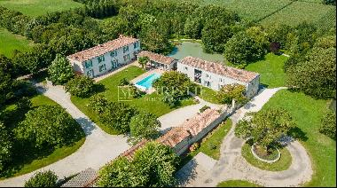 Divine estate set in 5 hectares of land, 9km from La Rochelle