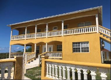 Multi-Family in Grand Turk, Turks and Caicos