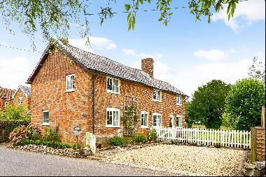 Charming period cottage in this popular Hampshire village