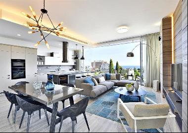 Three Bedroom Modern Apartment in Limassol 100 m from the sea