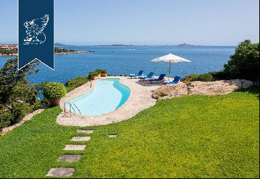 Charming estate with a view of Costa Smeralda's crystal-clear waters and Soffi Island
