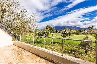Panoramic views on Pearl Valley At Val De Vie