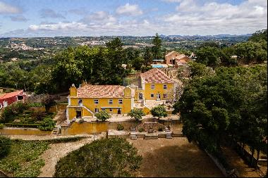 Magnificent Property with Sea View, Colares, Sintra