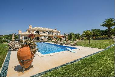 Country Estate, 9 bedrooms, for Sale