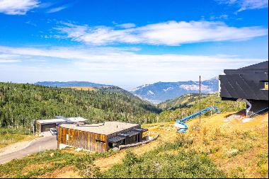 High Mountain Living with Forever Views