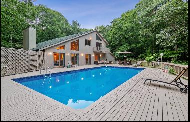 Montauk, Hither Woods. Spacious and newly decorated, bright four bedroom, five bath beach