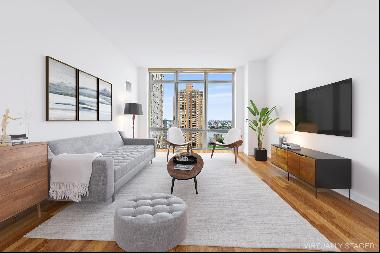 Perched atop the 21st floor at 333 East 91st is apartment 21B a perfectly proportioned sun
