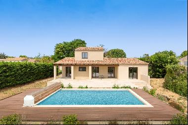 House with a swimming pool for sale in Maussane les Alpilles, extremely close to the villa