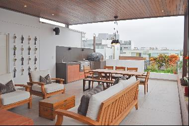 Spectacular duplex Pent-house, in the best area of ??Miraflores, bordering San I