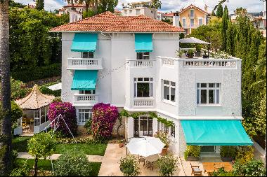 Superb maintained family home built in the 1930s, close to the Croisette.