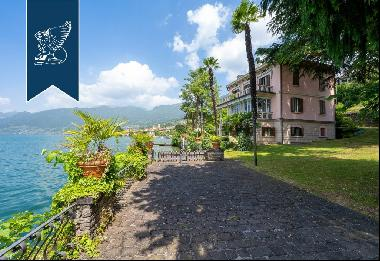Luxurious panoramic villa with spectacular views of Monte Isola island