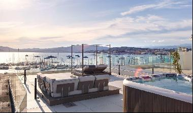 Penthouse in Cannes with Panoramic sea views.
