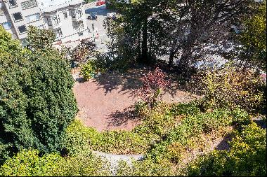 Incredible Russian Hill Lot with Views