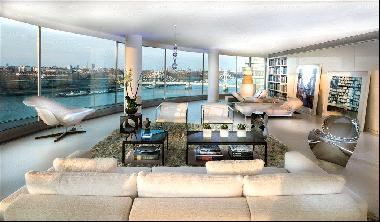 8 bedroom luxury apartment for sale on The Thames SW11