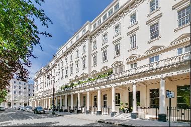 A superb apartment for sale in a prime position on the North side of Eaton Square, Belgrav