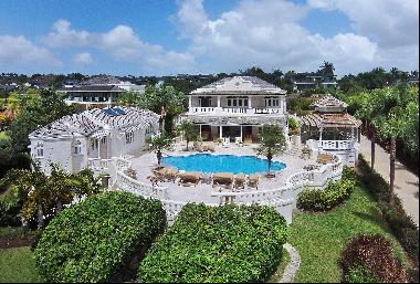 Luxury 6 bedroom villa and guest cottage for sale in Sugar Hill.