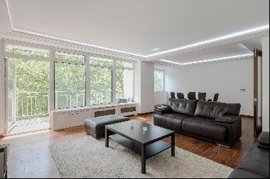 Two bedroom apartment for sale in W2