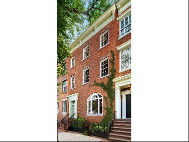 Twin Houses - Historic Greek Revival Townhouse with 3-Story Private Guest House in the hea