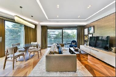 Stunning two bedroom apartment with river views to rent in One Tower Bridge, SE1.