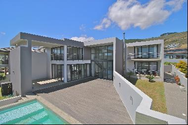King's Way, Baronetcy Estate, Western Cape, 7500
