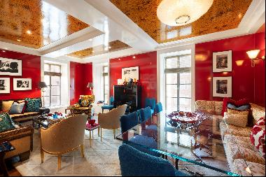 """""""Luscious color and gleaming surfaces turn a city apartment into an alluring jewel box."""""""