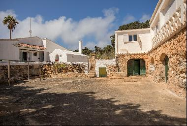 Wonderful rustic finca with pool in the southeast of the island