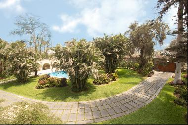 Fine residence, in impeccable maintenance, fully furnished and equipped