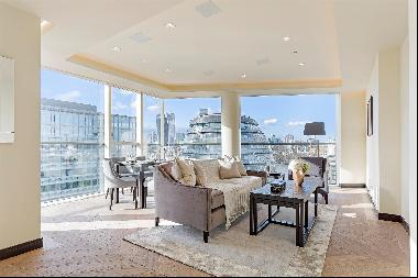 An extremely spacious, dual aspect, two double bedroom apartment in the prestigious rivers