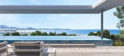 Penthouse with Sea View