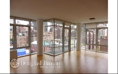 Spacious 2 beds, 2.5 baths apartment at the luxurious Three Ten Condo.  Apartment features