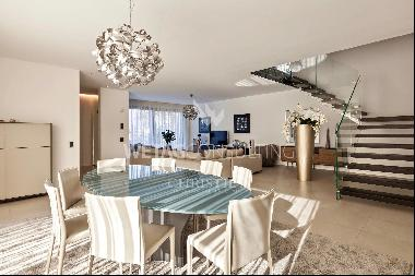 Spacious modern villa for sale in Lugano surrounded by nature